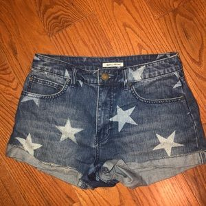 Billabong denim shorts size 27